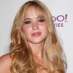 Oktober 2010  Von wegen Jennifer Lawrence wagt keinen Cut. Plötzlich zeigt sie sich mit einem Pony.