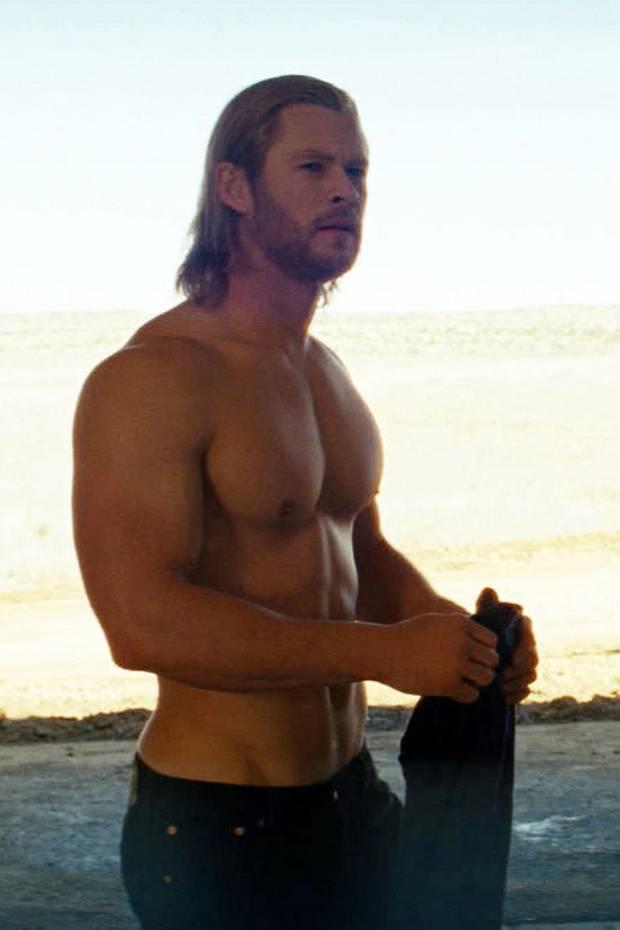 """Als der erste """"Thor"""" 2011 im Kino spielt, kann man den Blick kaum von Chris Hemsworths Oberkörper abwenden. Der Australier hat für seine Rolle als Marvel-Superheld ordentlich Muskeln aufgebaut."""