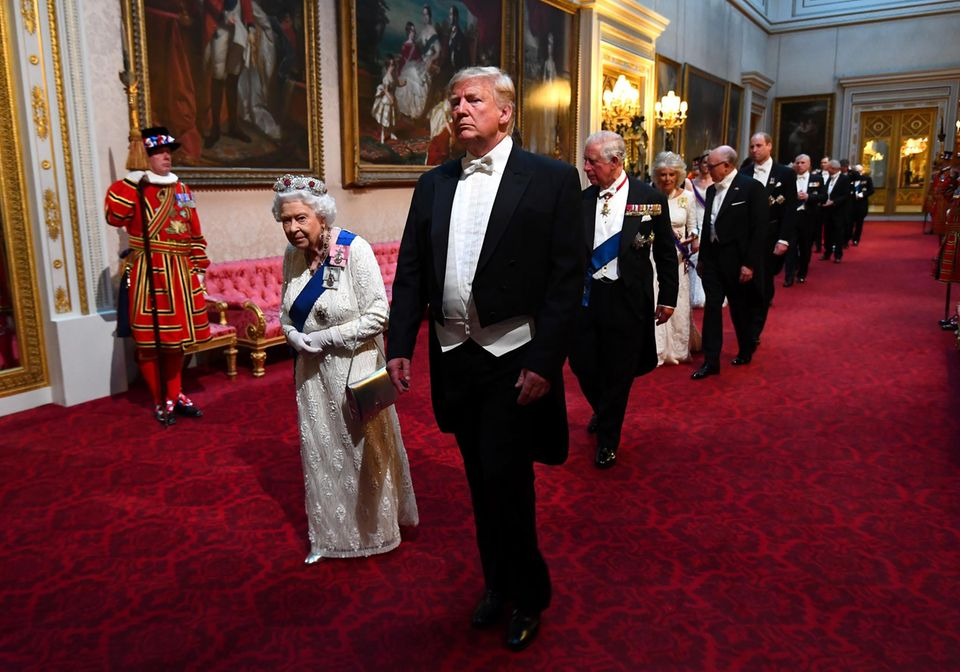 Queen Elizabeth, Donald Trump, Prinz Charles, Herzogin Camilla