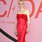 Diane Kruger ist in ihrem Jason Wu-Kleid ein echter Farbtupfer auf dem roten Teppich.
