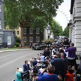 Presseandrang vor Downing Street No. 10