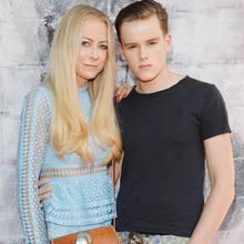 Jenny Elvers und ihr Sohn Paul 2017