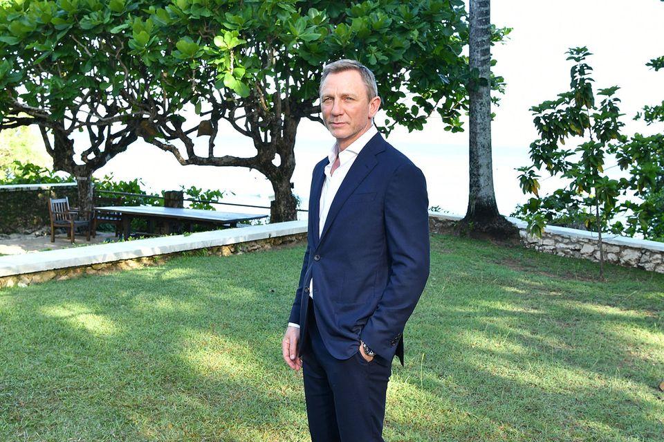 Immerhin etwas: Zumindest der Anzug sitzt beiDaniel Craigalias James Bond so gut wie eh und je