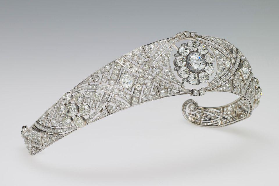 """Herzogin Meghan trug zur Hochzeit mit Prinz Harry die """"Queen Mary Diamond Bond""""-Tiara"""