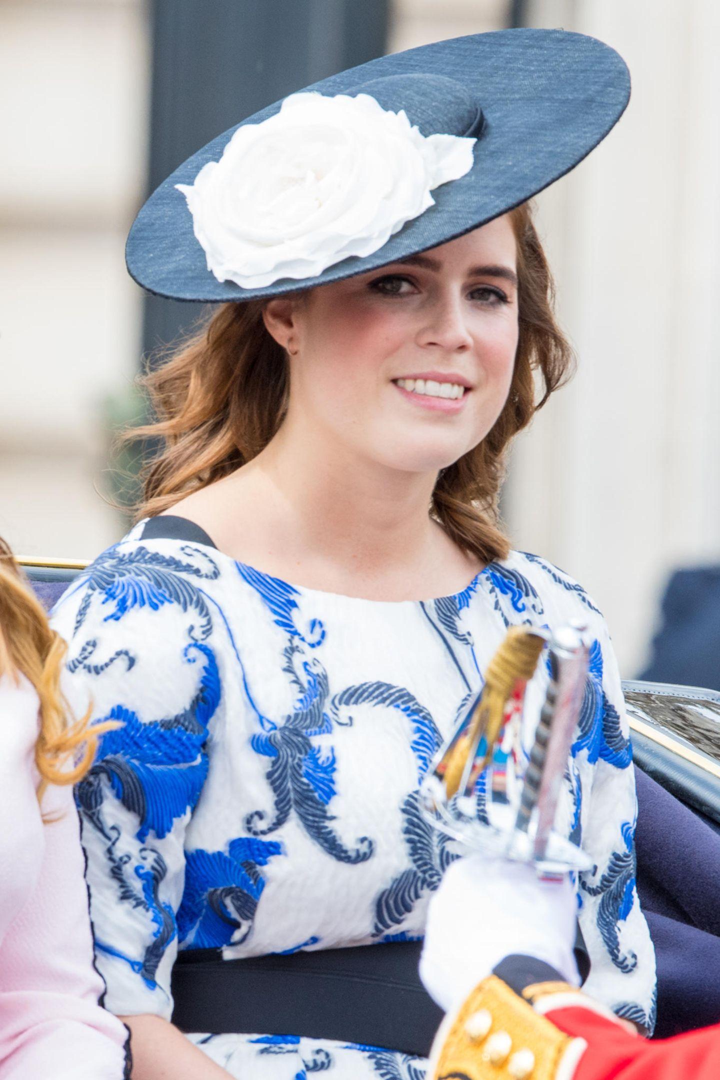 Ob Eugenie und Jack die Queen wohl bald auch zurUrgroßmutter machen? Daumen drücken!