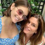 8. Juni 2019  Cindy Crawford und Tochter Kaia Gerber haben sich zum Brunch getroffen und lassen die Gelegenheit nicht verstreichen, dieses süße Mutter-Tochter-Selfie auf Instagram zu posten.