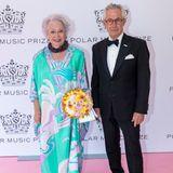 König Carl Gustafs Schwester Prinzessin Christina bringt ihren Ehemann Tord Magnuson mit.