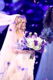 """Theresia bei ihrer """"GNTM-Hochzeit"""""""