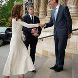 ... kombinierte sie damals noch apricotfarbene Sandaletten zu dem Kleid von Barbara Casasola.