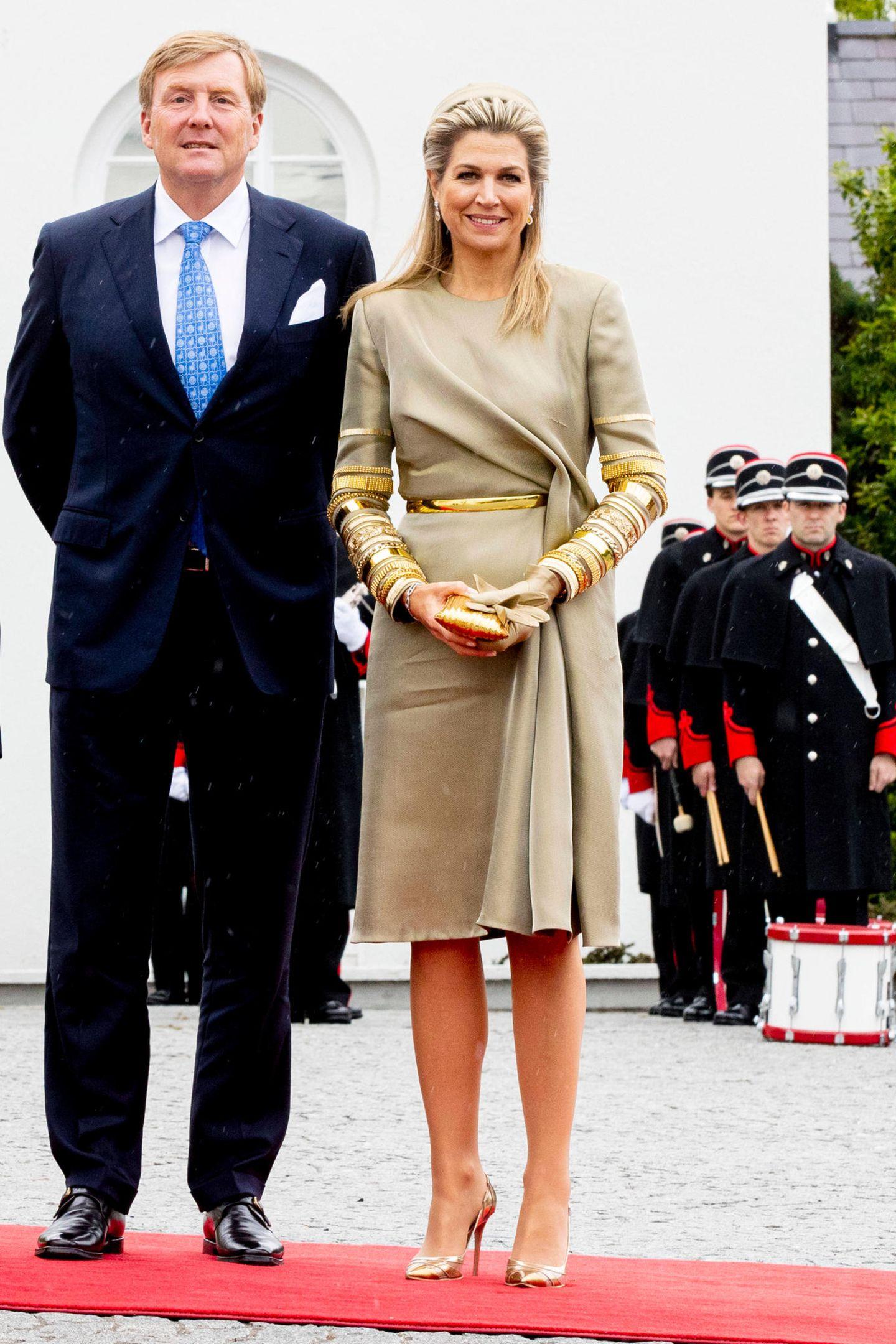 Tag 1  König Willem-Alexander und Königin Máxima sind für einen dreitägigen Staatsbesuch in Irland angekommen.