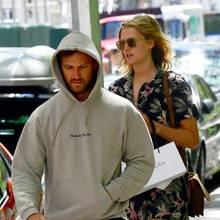 11. Juni 2019  Nachdem die beiden die New Yorker Paparazzi entdeckt haben, trennen sie sich, um sich einige Blocks später wiederzutreffen.Warum nur so geheimnisvoll?