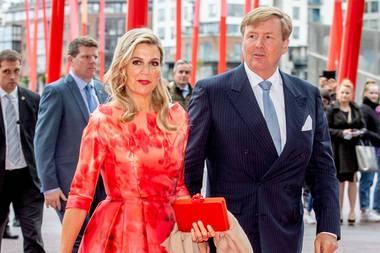 Am Abend besuchen Königin Máxima und König Willem-Alexander eine Aufführung desHet Nederlands Dans Theater.