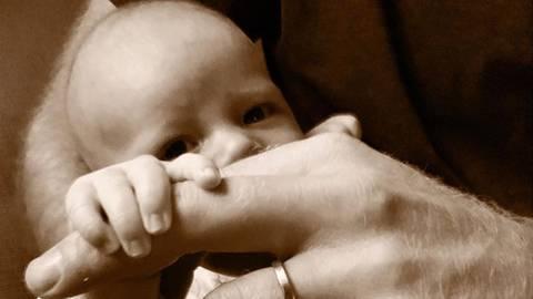 Prinz Harry + Meghan Markle: Meghan und Harry zeigen neues Foto von Baby Archie