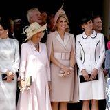 Gräfin Sophie von Wessex, Königin Letizia, Herzogin Camilla, Königin Máxima und Herzogin Catherine (v.l.n.r.) geben in ihren sommerlichen Outfits ein tolles Bild ab.