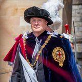 König Willem-Alexander macht in der traditionellen Uniform desHosenbandordens eine gute Figur.