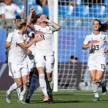 Die deutsche Frauen-Nationalelf besiegt Südafrika mit 4:0