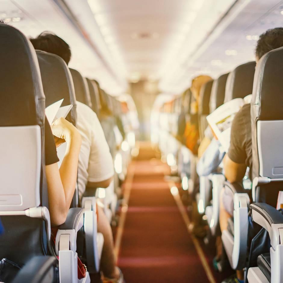 Diesen ungeahnten Vorteil hat der Mittelplatz im Flugzeug