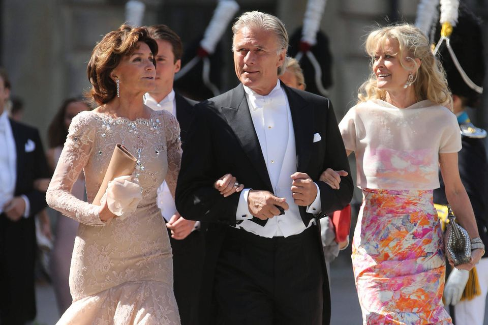 Carola und Fredrik Gottlieb mit Anki Wallenberg auf der Hochzeit von Prinzessin Madeleine und Chris O'Neill am8. Juni 2013.