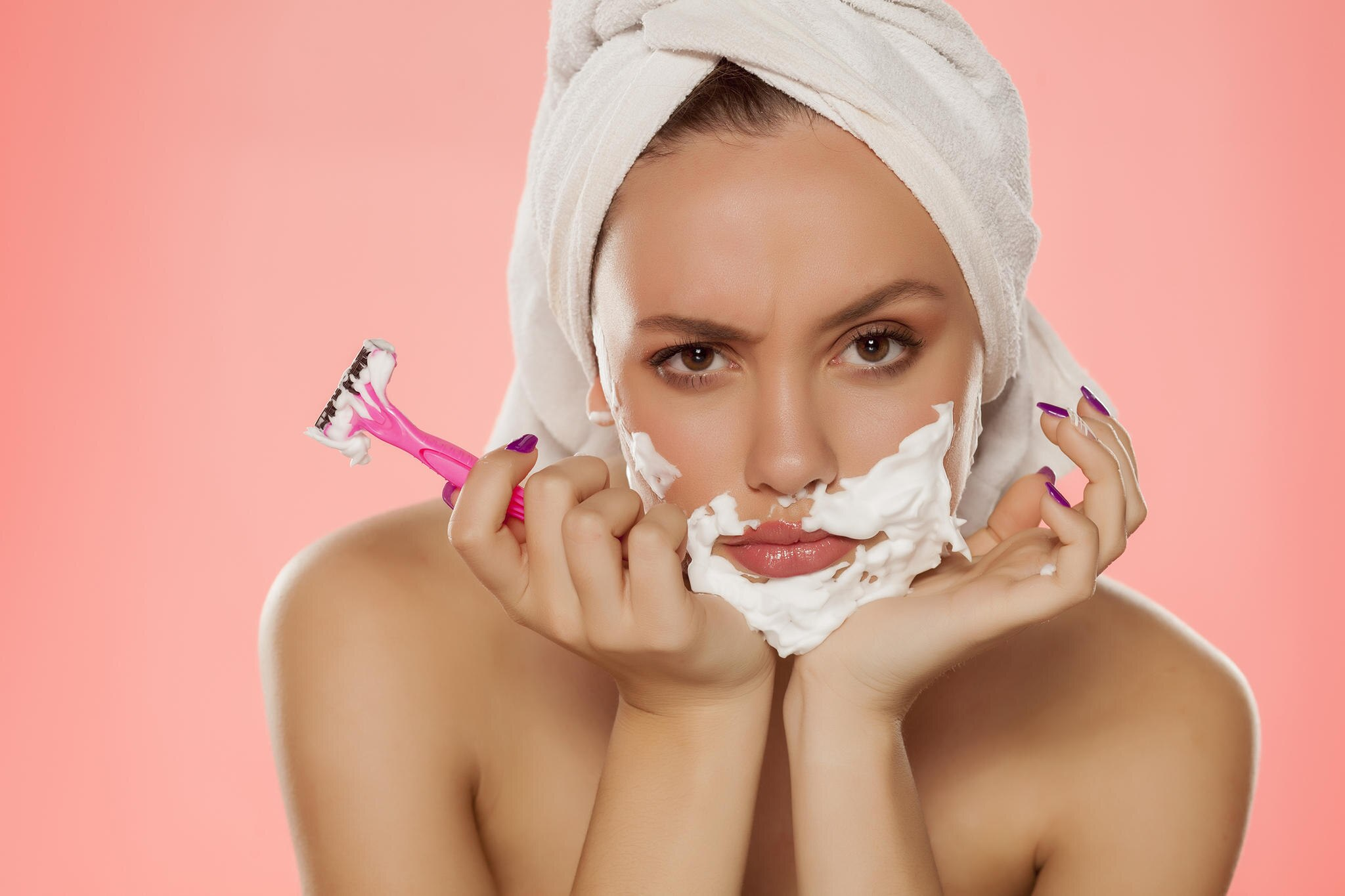 Haarentfernung-Damenbart-entfernen-alle-Arten-im-berblick