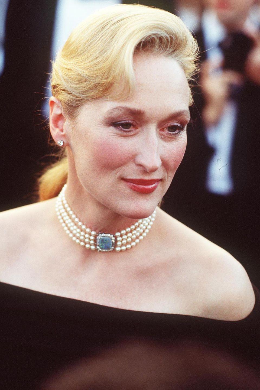 """1989 ist Meryl Streep bei den Academy Awards für ihre Rolle in dem US-amerikanisch-australischen Drama """"Ein Schrei in der Dunkelheit"""" nominiert."""