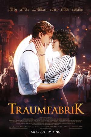 """""""Traumfabrik"""" mit Emilia Schüle und Dennis Mojen startet am 4. Juli in den deutschen Kinos."""