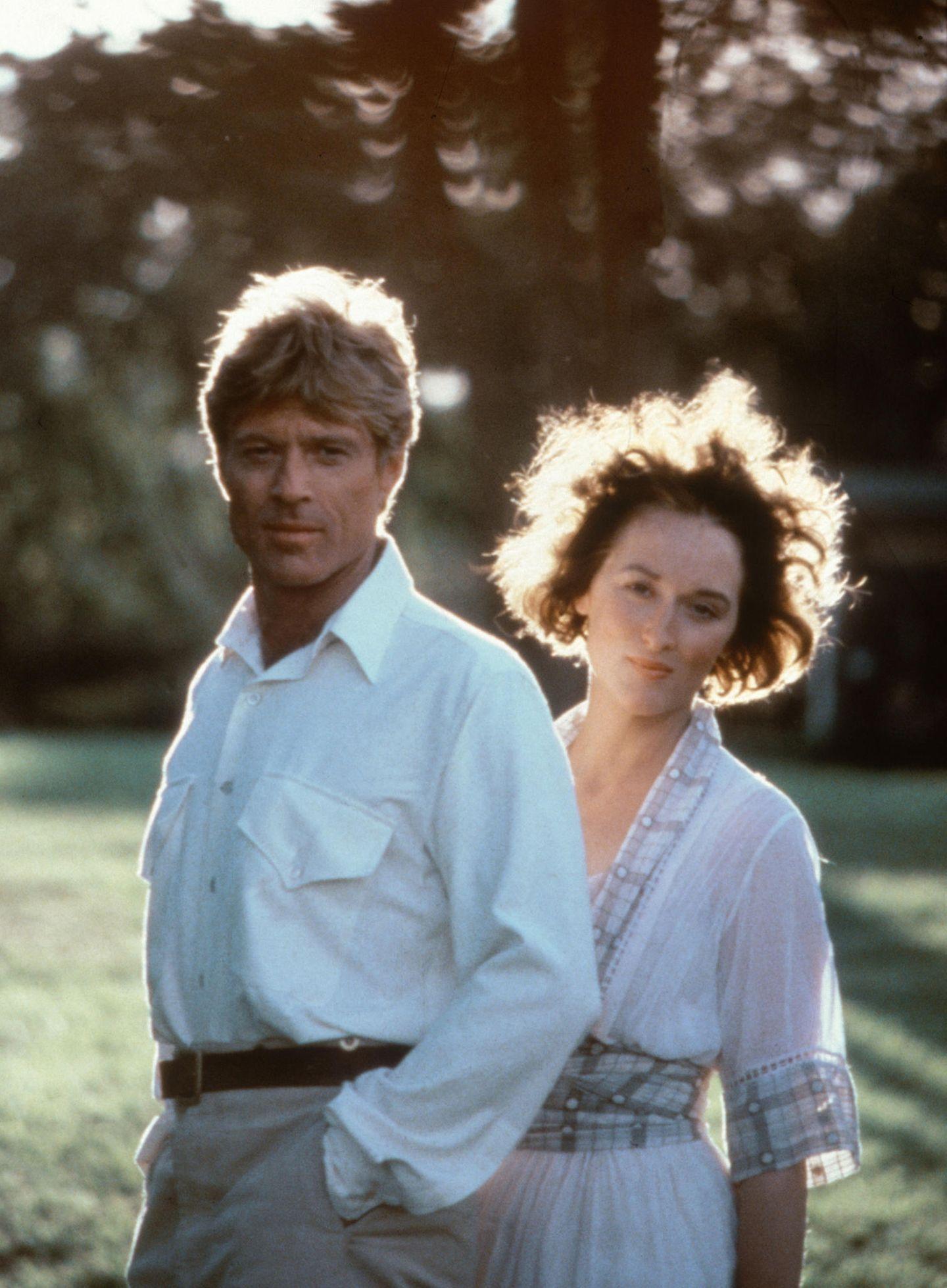 """Neben Robert Redford steht sie 1985 für """"Jenseits von Afrika"""" vor der Kamera. Der Film gewinnt insgesamt sieben Oscars."""