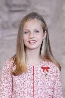 19. Juni 2019  Prinzessin Leonor lächelt für die Fotografenin die Kamera.