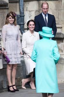 """Prinzessin Beatrice liebt die """"Charlie""""-Clutch"""
