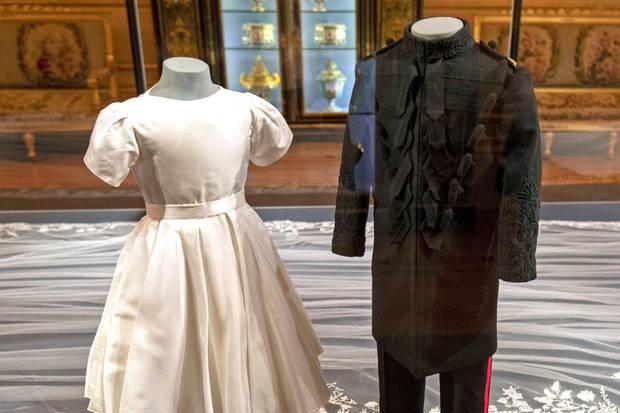 Kleider von Prinz Charlotte + Prinz George anläßlich der Hochzeit von Prinz Harry und Herzogin Meghan