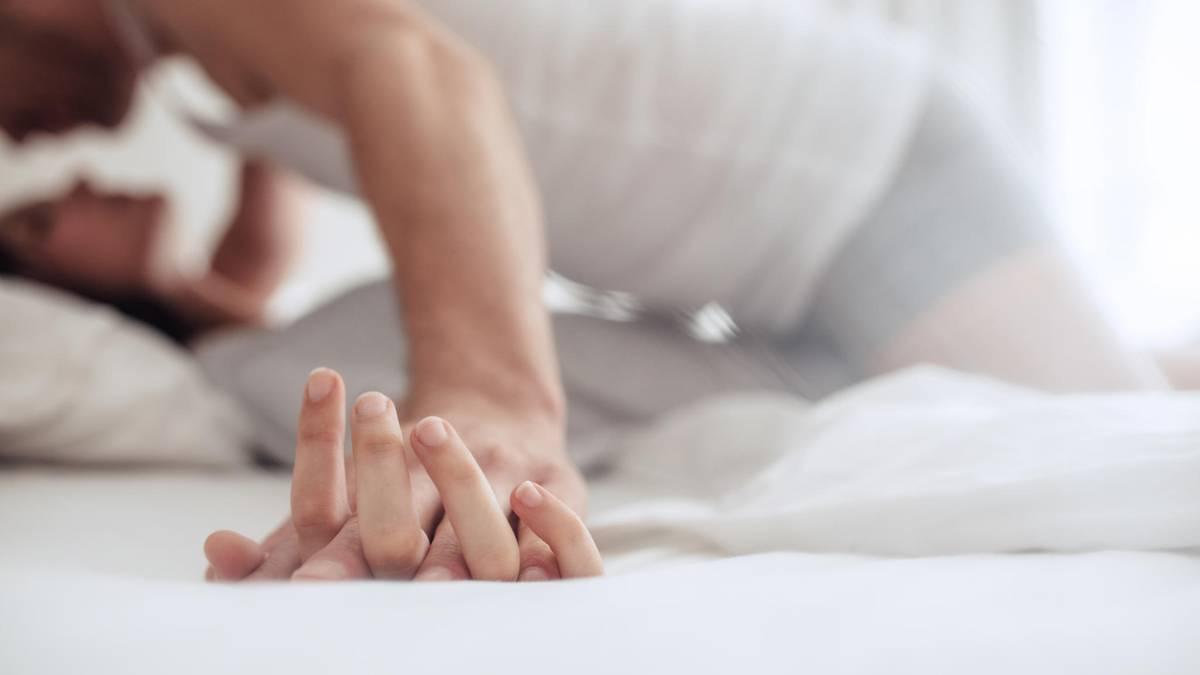 Penisring: Das bewirkt er wirklich beim Sex
