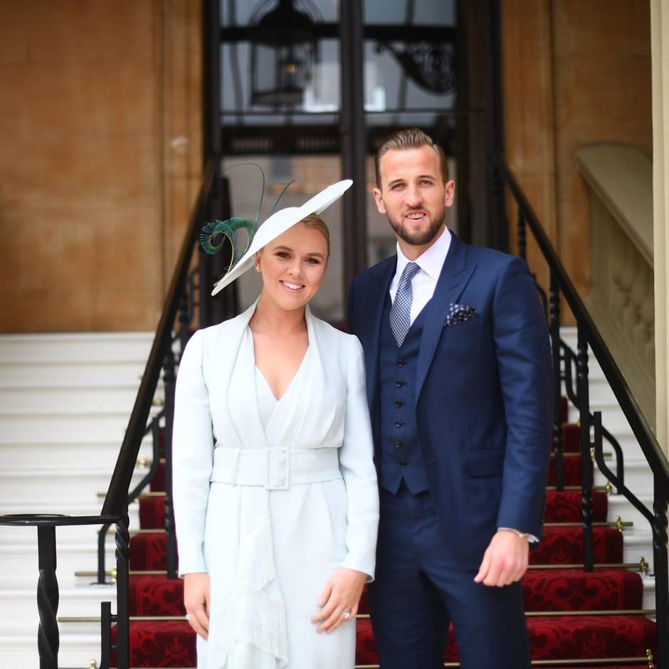 Fußballer heiratet seine Jugendliebe