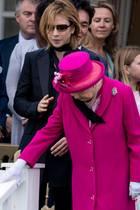Gillian Anderson, Queen Elizabeth