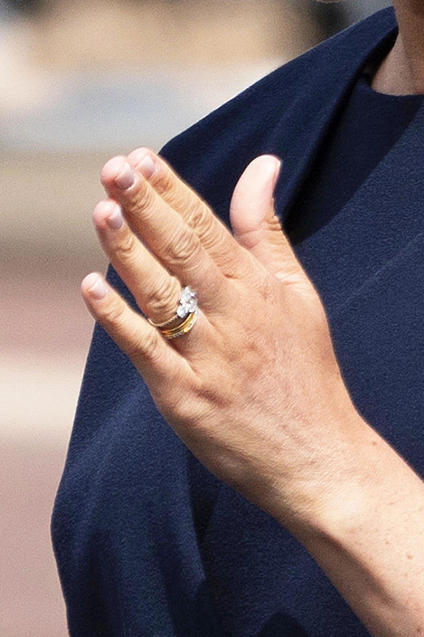 Herzogin Meghan Hat Sie Ihren Verlobungsring Umdesignt