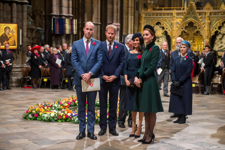 Prinz William, Prinz Harry, Herzogin Meghan und Herzogin Catherine