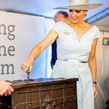 """25. Juni 2019  Im Zollmuseum vonRotterdam eröffnet Königin Máxima die Ausstellung """"Gek op Geld"""" (""""Verrückt nach Geld"""")."""