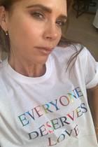 """Auch Modeikone Vicoria Beckham gehört zu den Unterstützern der """"Pride Month""""-Bewegung."""