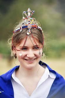 Auch Prinzessin Elisabeth lächelt fröhlich.