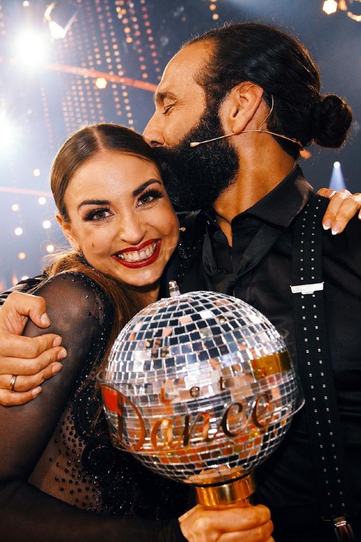"Die Sieger bei ""Let's Dance – Die große Profi-Challenge"": Ekaterina Leonova, Massimo Sinató"