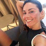 Auf Instagram postet Nazan Eckes dieses Selfie nach dem Sport. Die Moderatorin zeigt sich nicht nur ungeschminkt. sondern auch mit leichten Rötungen im Gesicht - so wie Frau eben nach dem Workout aussieht. Von ihren Fans wird Nazan mit Komplimenten überschüttet und das zurecht!