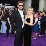 """Bei der Weltpremiere von """"Avengers: Endgame"""" entfalten Liam Hemsworth und Miley Cyrus ihre ganz eigene Superheldenkraft: Sie überzeugen erneut davon, dass sie das wohl stylischste Pärchen überhaupt sind - und das ganz ohne viel Chichi und Aufwand."""