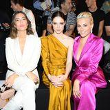 Mit Mandy Moore, Coco Rocha und Pixie Lott leuchtet die erste Reihe bei Schiaparelli besonders schön.