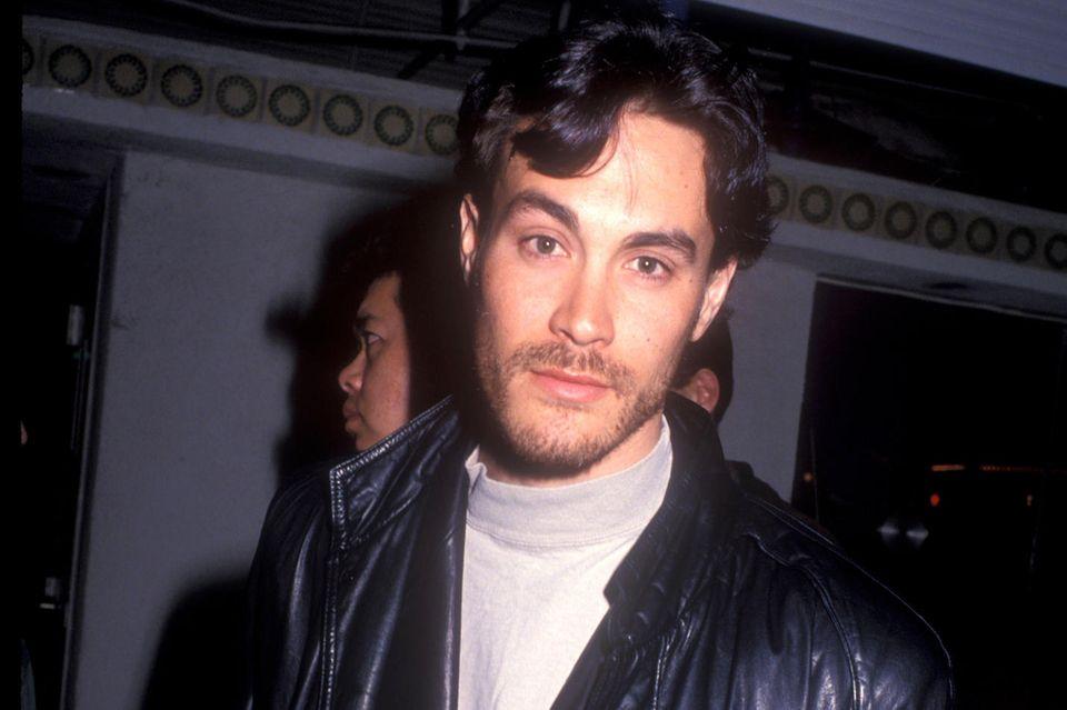 """Beim Dreh zum Film """"The Crow"""" kommt Brandon Lee 1993 auf tragische Weise ums Leben."""