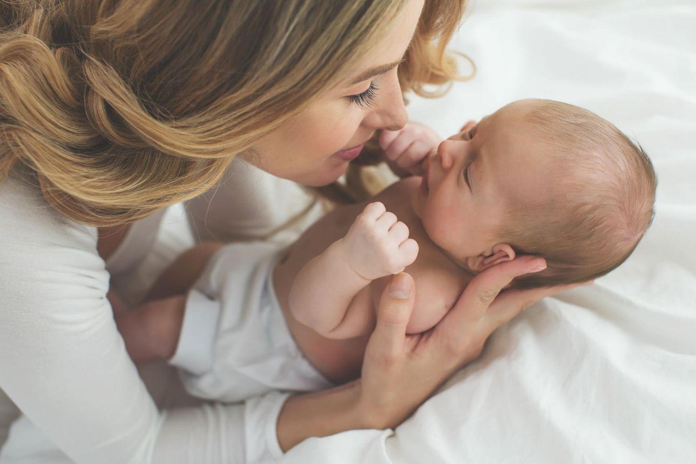 Geburt, Was schenkt man zur Geburt?, Geburtsgeschenk, Geschenke zur Geburt, Mutter, Baby