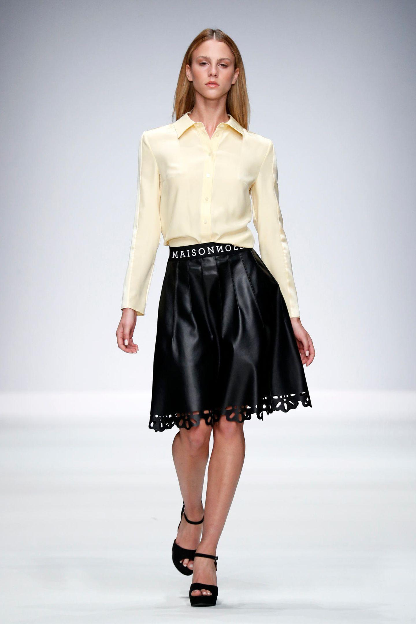 """Die diesjährige """"Germany's Next Topmodel""""-Gewinnerin Simone Kowalski feiert auf der MBFW ihr Laufstegdebüt bei der Show von Maisonnoée."""