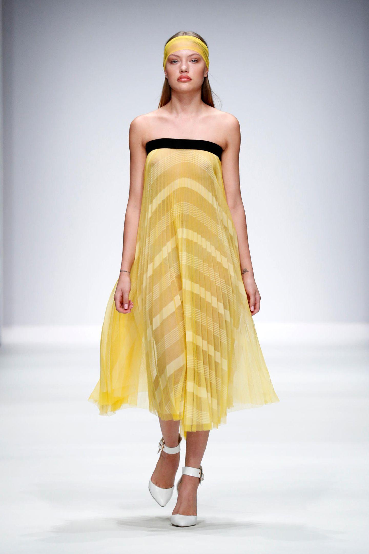 Cheyenne Ochsenknecht für Maisonnoée Frühjahr/Sommer 2020.