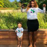 Ist das süß! Tennis-Superstar Serena Williams und Töchterchen Olympia posieren nicht nur in Mamas eigener Kollektion, sie stehen auch für echte Frauenpower.