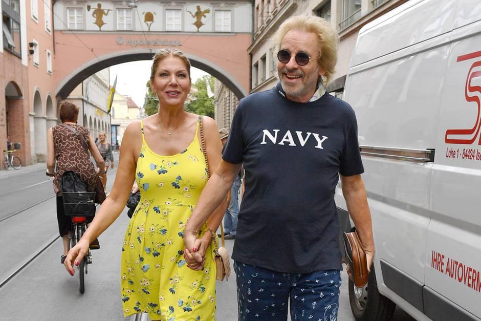 Karina Mroß und Thomas Gottschalk in München.