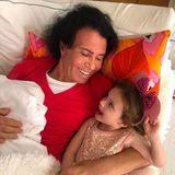 """Costa Cordalis (†): Mit seiner Enkelin Sophia hat der """"Anita""""-Sänger jede Sekunde genossen."""