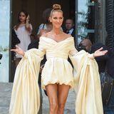 Während der Haute-Couture-Woche in Paris kann sich Céline Dion so richtig ausleben. Im Kleid von Alexandre Vauthier zieht sie alle Blicke auf sich und fühlt sich sichtlich wohl.