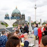Vom Dach der Bertelsmann Repräsentanz Unter den Linden hatten die Fashion-Brunch-Gäste einen wunderschönen Blick auf den Berliner Dom und den Fernsehturm.